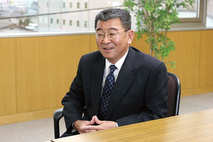 茨城ヤナセ株式会社 代表取締役 石﨑 康夫